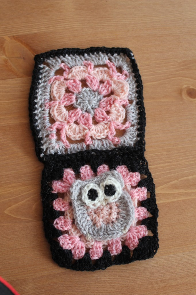 "6"" Peachy blossom and owl granny crochet along"
