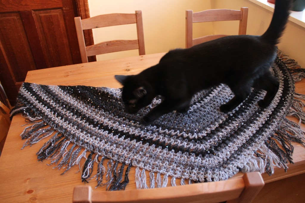 Crochet V-stitch shawl